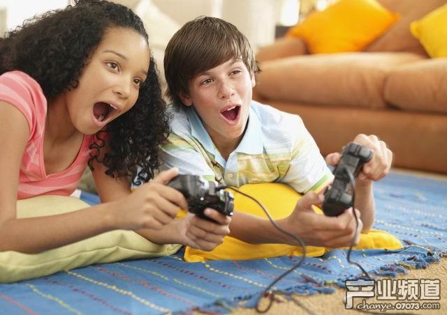 美国儿童日均游戏在线约1.3小时